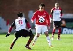 Com gol de bicicleta, Damião selou o empate contra o Flamengo em 2 x 2_Diego Vara