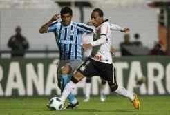 Grêmio perde para o Corinthians no Pacaembu