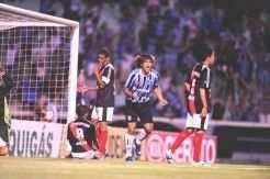 Marcelo Moreno marcou o gol que deu início a virada tricolor_Ricardo Duarte