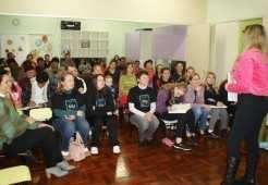 Cerca de 380 famílias participaram dos encontros que ocorreram no período de abril a maio, nas oito Eceis do município