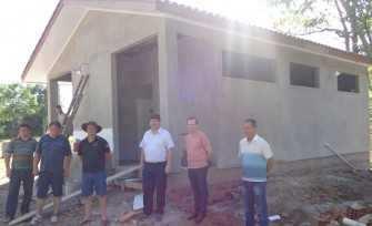 Novos banheiros serão concluídos para novembro, quando ocorre o Rodeio Estadual