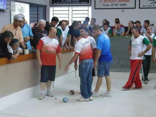 Grande público assistiu a vitória do Dona Rita na primeira final