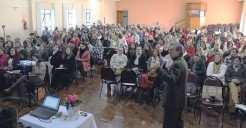 Palestrante Cláudio Schubert falou sobre os desafios da escola atual, salientando a importância do professor para os alunos