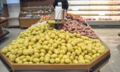 Itens como batata inglesa voltaram às gôndolas do supermercado, porém com preço acima dos praticados antes da paralisação. Tendência é de que os preços baixem à medida que os estoques forem repostos