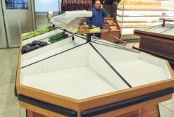 Alimentos perecíveis, como batata e cebola se tornam escassos nos supermercados
