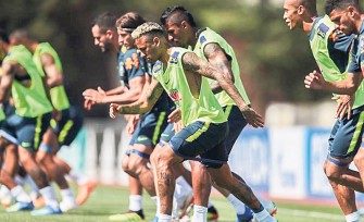 Selecionado brasileiro enfrenta a Costa Rica hoje e a Sérvia na quarta-feira à tarde