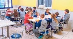 Em Capitão todos as crianças dos quatro meses de idade até os 10 anos podem frequentar o turno integral
