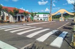 Obra visa mais segurança para pedestres e motoristas