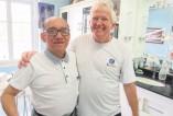 Dentista Sérgio Kerbes, com colega de faculdade Oscar Oqueli, dentista em Honduras