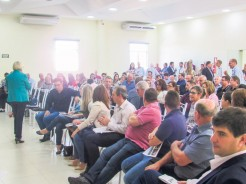 Evento realizado na quinta-feira, em Arroio do Meio contou com a presença de 120 pessoas, incluindo 19 prefeitos